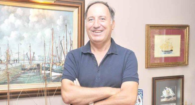 Emekli Amiral Cem Gürdeniz